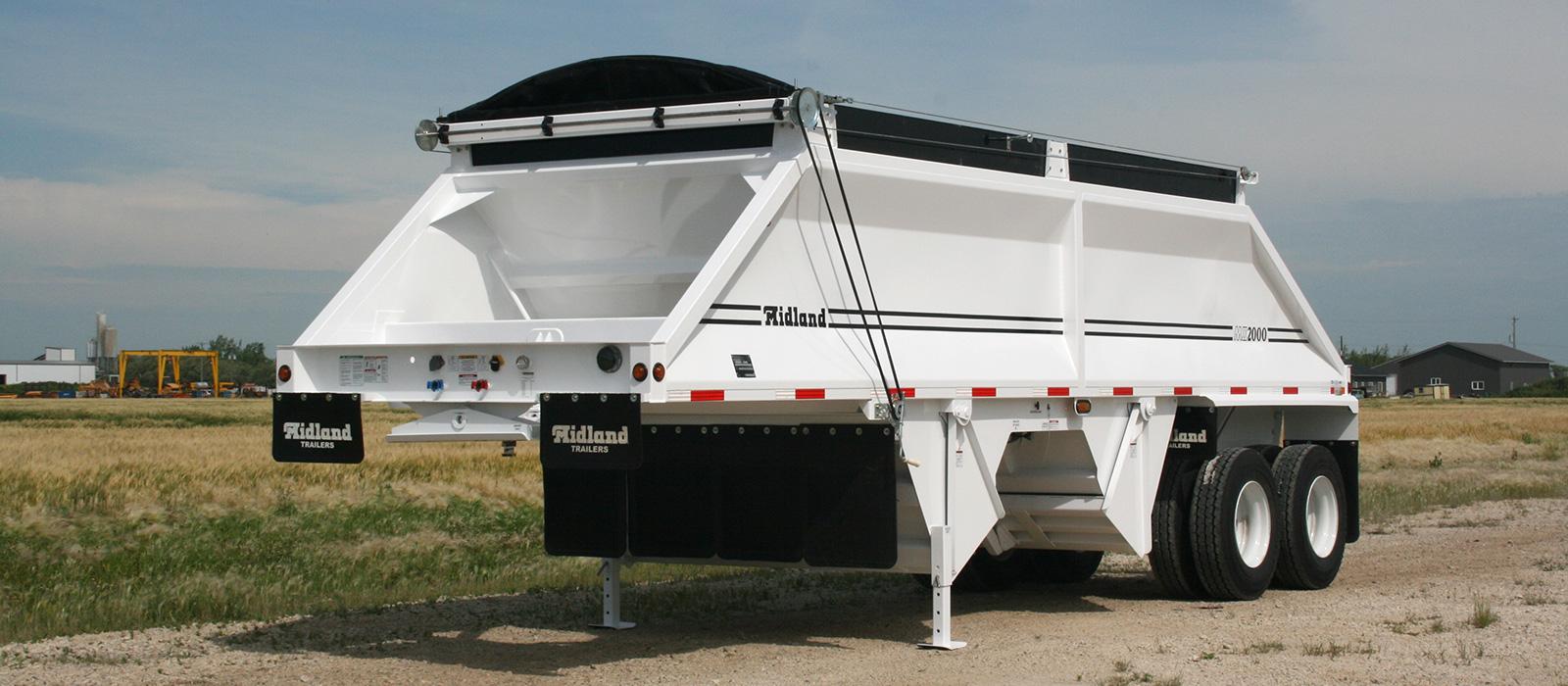 MX 2000 trailer
