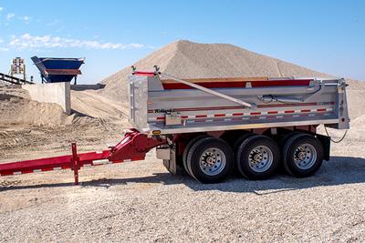 sk3100 gravel trailer