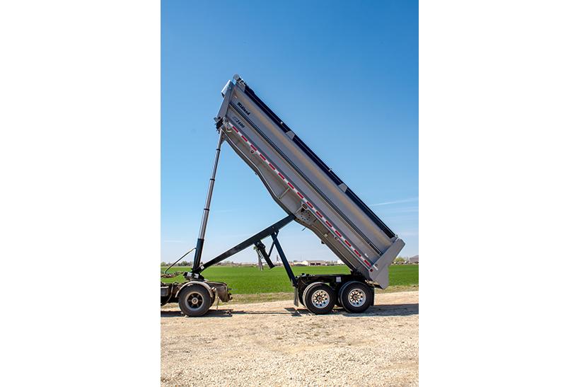 SX End Dump Gravel Trailer, extended hydraulics